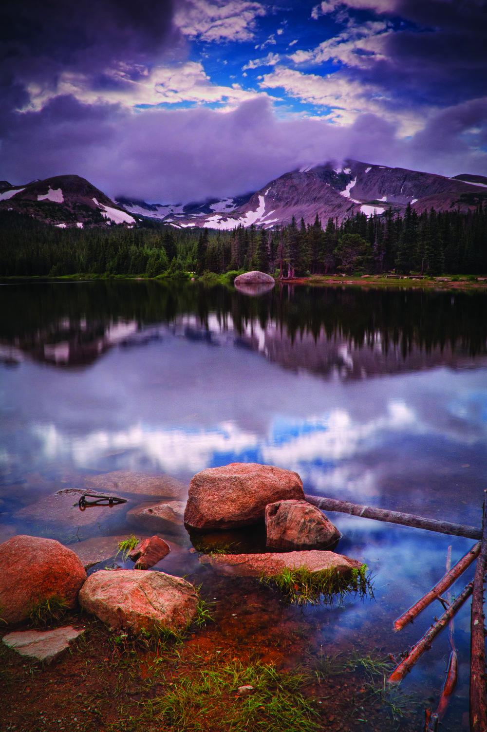 Indian Peaks:©JohnDeBord/AdobeStock.com