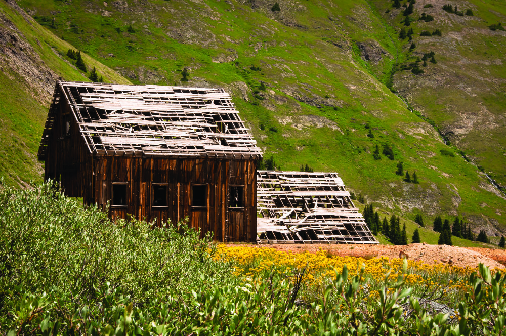 One of the remaining structures at Animas Forks refuses to give up the ghost. Photo: © SandyS/AdobeStock.com