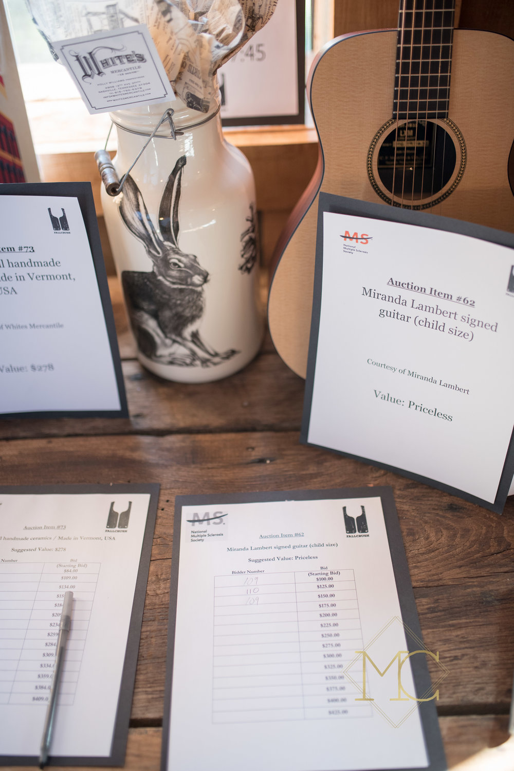 image from multiple sclerosis nashville event of auction items