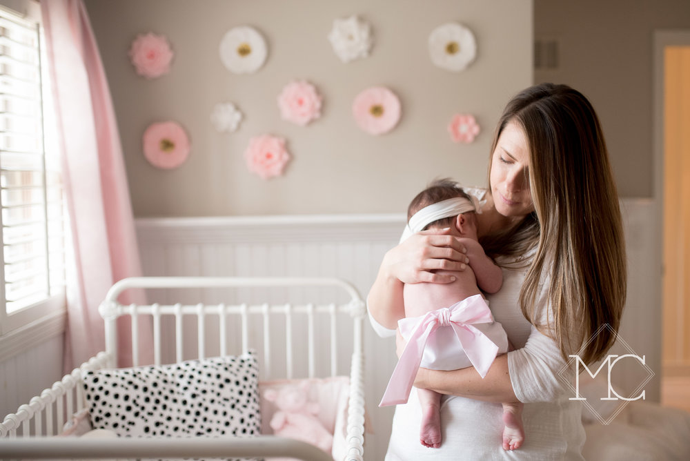 image from a newborn lifestyle photo session in nashville Tennessee