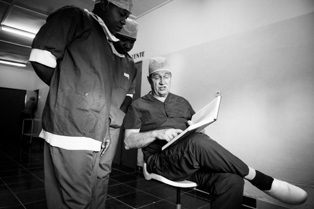 ©GerbrandVanUytvanck_MedicsWithoutVacationRwanda_WEB_012.jpg