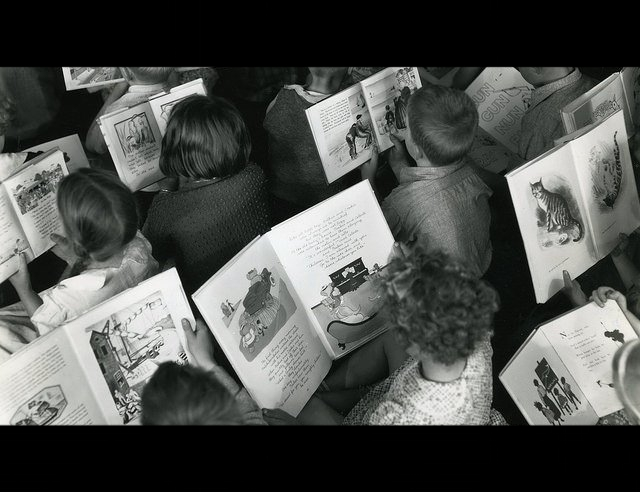 children-reading.jpg
