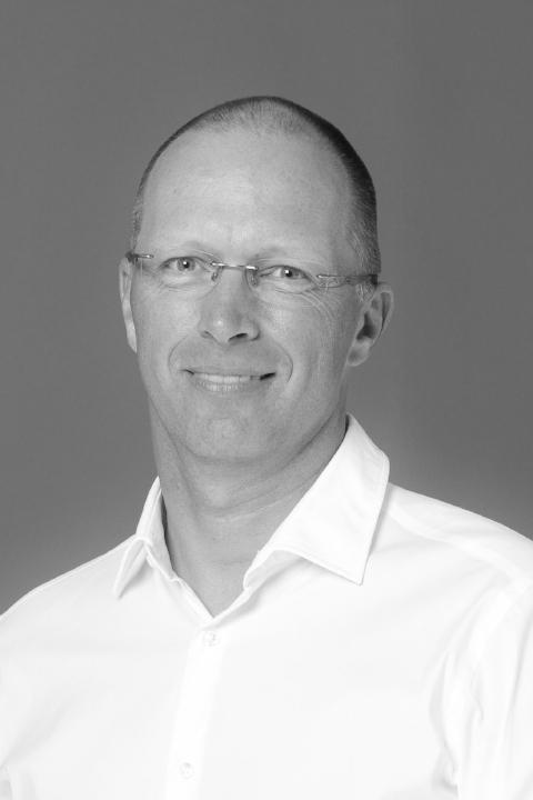 Frank Busch (En/De)