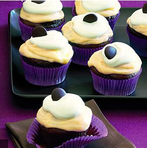 Chocolate Pumpkin Cupcakes via  Sunset Magazine