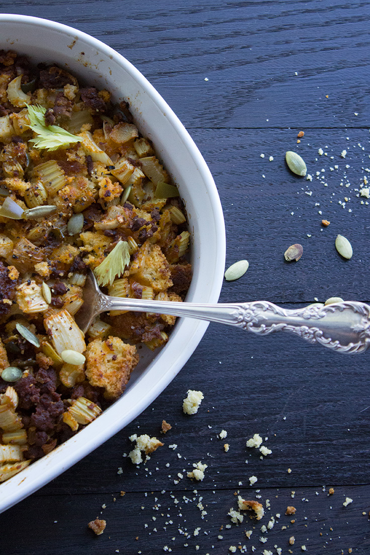 This jalapeño cornbread stuffing is given a kick in flavor with high quality Mexican chorizo. insolenceandwine.com