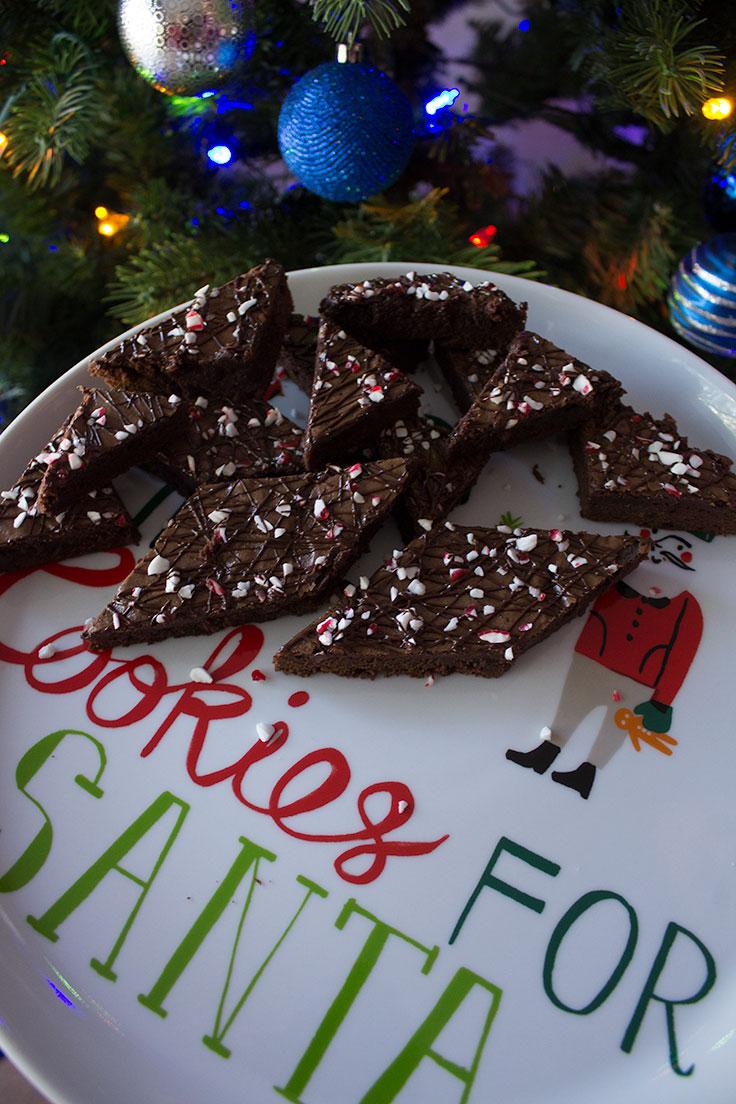 dark-chocolate-peppermint-brownies-11.jpg