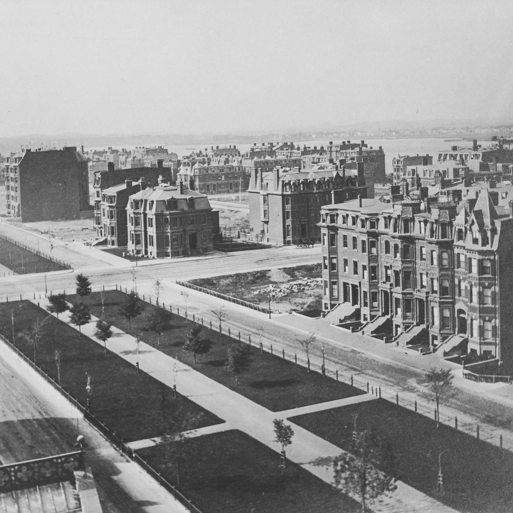Commonwealth_Avenue_and_Dartmouth_Street_in_1874.jpg