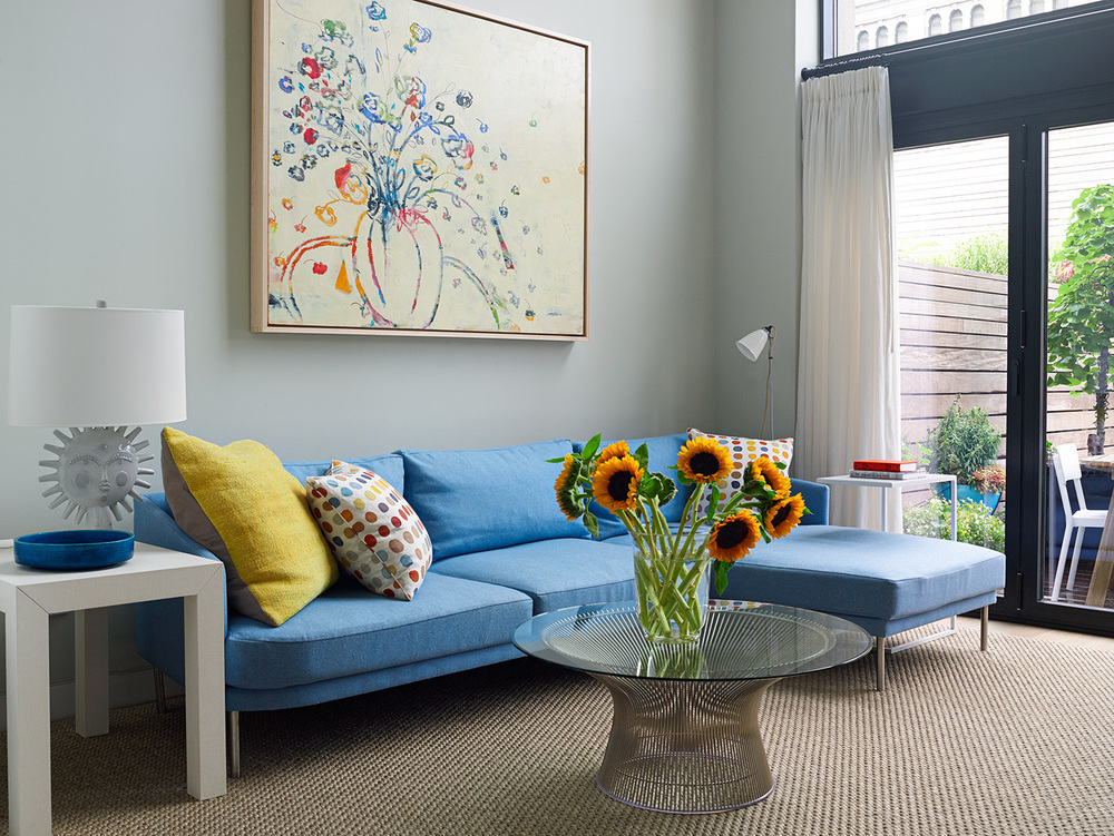 MODERN TOWNHOUSE FAMILY ROOM COLORFUL BLUE SECTIONAL.jpg