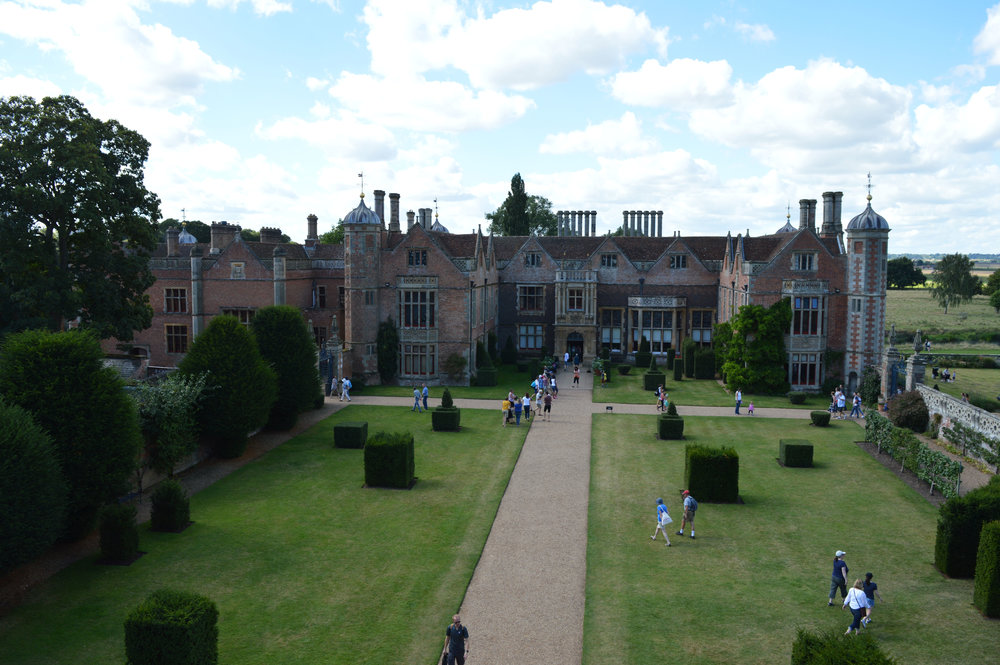 Charlecote Park Warwickshire Review