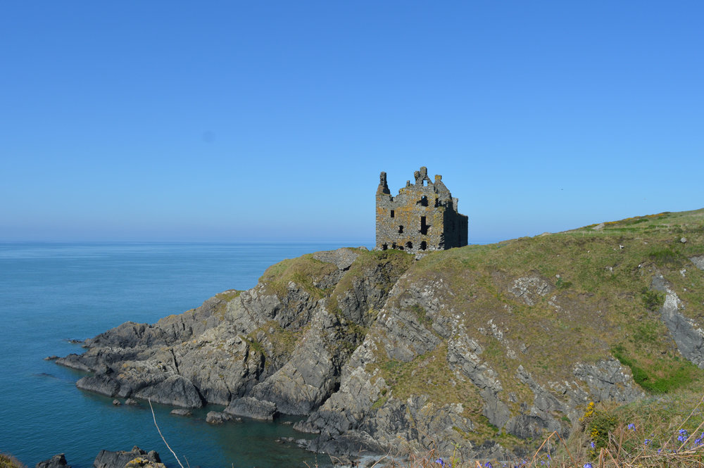 Things to do in Portpatrick - Dunskey Castle