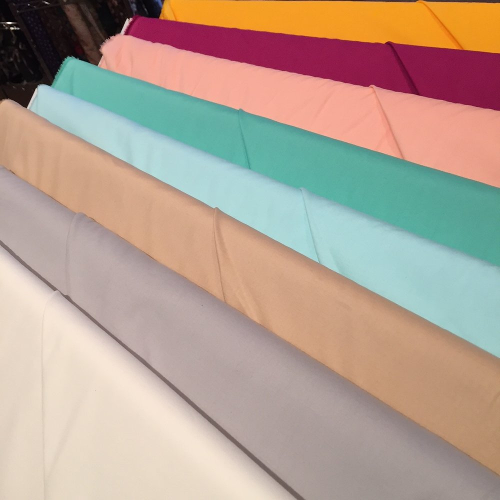 100% cotton, lovely for a soft, natural fiber lining.
