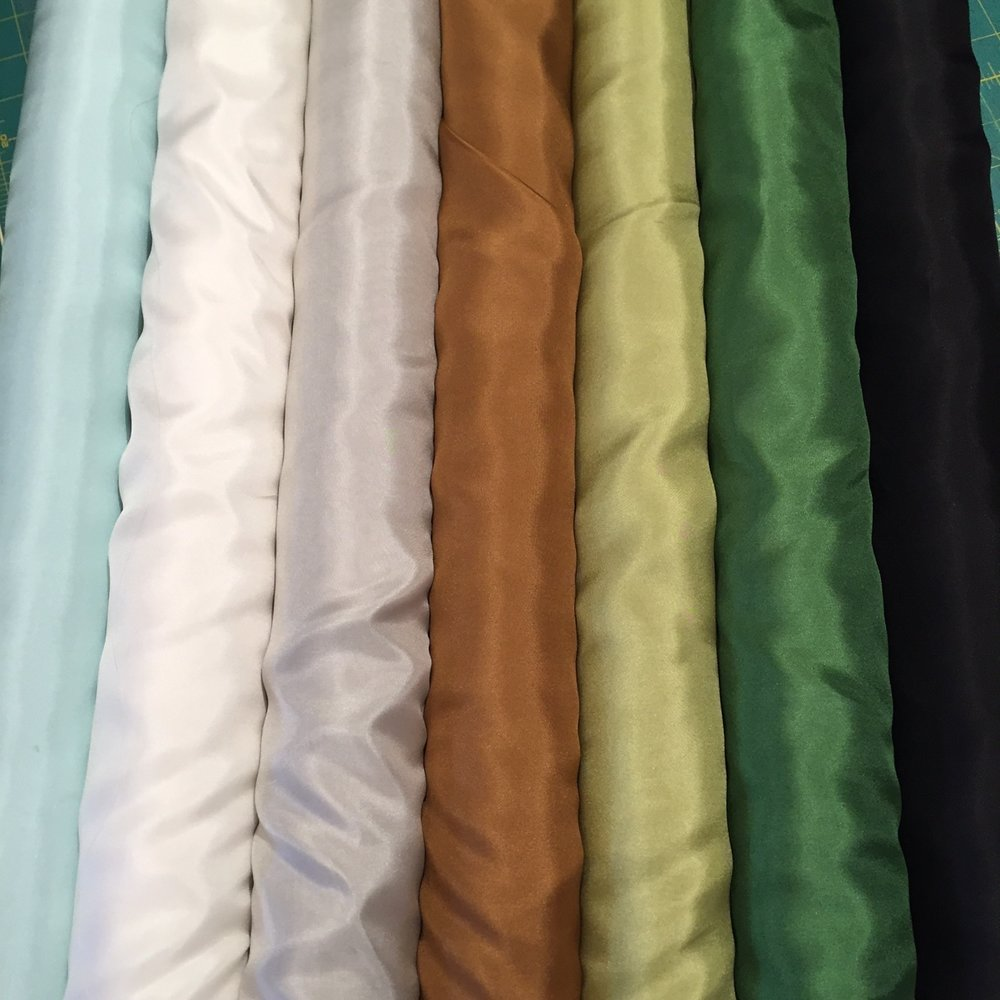 Our current selection of silk habutai, for a superb lining. Smooth and....silky!