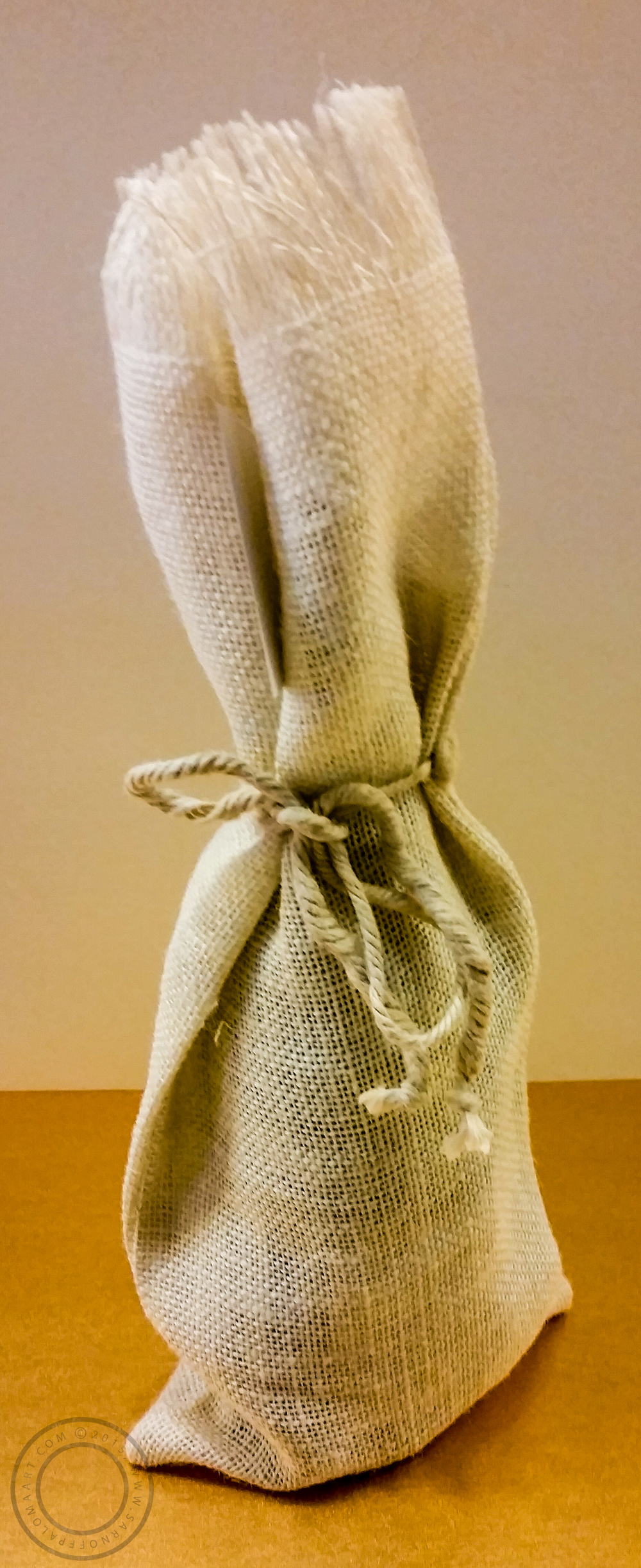 Burlap wine bag-$5.50