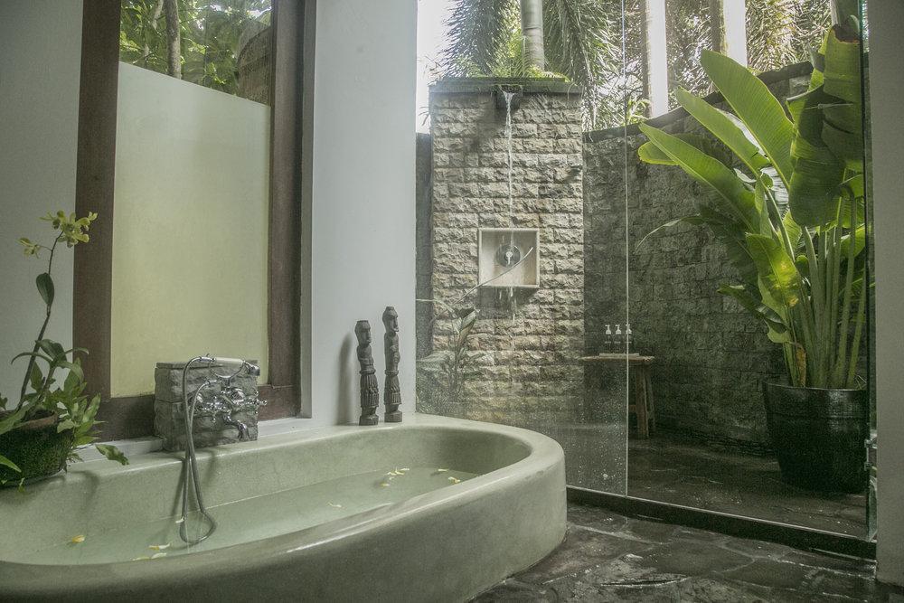u2 bath.jpg