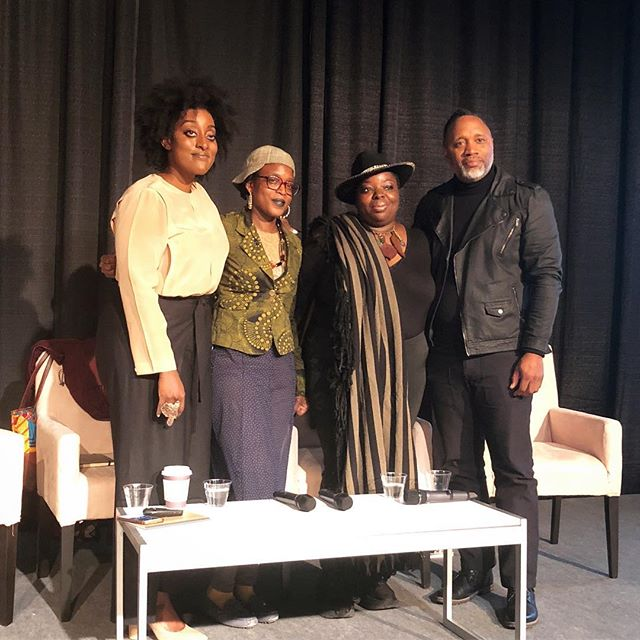 We love keeping up with our contributors and their inspiring projects! Here is Niama Safia Sandy @__niama__ moderating a compelling discussion @aipadphoto with artists Nona Faustine @nonafaustine, Adama Delphine Fawundu @adamadelphine, and Shawn Theodore @_xst. Sandy is co-curator with Cassandra Johnson @cassandramjohnson, director at Steven Kasher Gallery, of the upcoming exhibition Refraction: New Photography of Africa and its Diaspora on view @stevenkashergallery from April 19-June 2, which looks at reframing blackness through visual art and challenging existing representations of black life. #pinemagazine #love #contributorspotlight #aipadphoto2018 #aipadphoto #aipadtalks #contemporaryart #collapsingdiaspora #reframing #blackart #photography #contemporaryphotography #nonafaustine #shawntheodore #adamadelphinefawundu #stevenkashergallery #femalecurators #conecousins