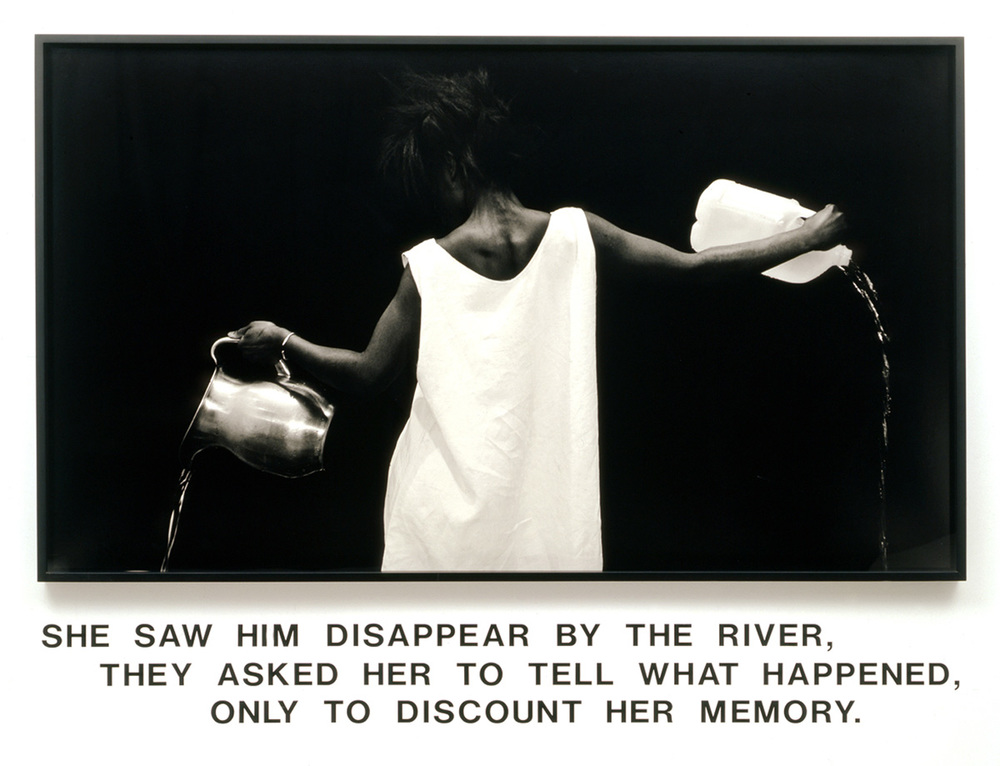 Carregadora de água. Lorna Simpson, 1986.