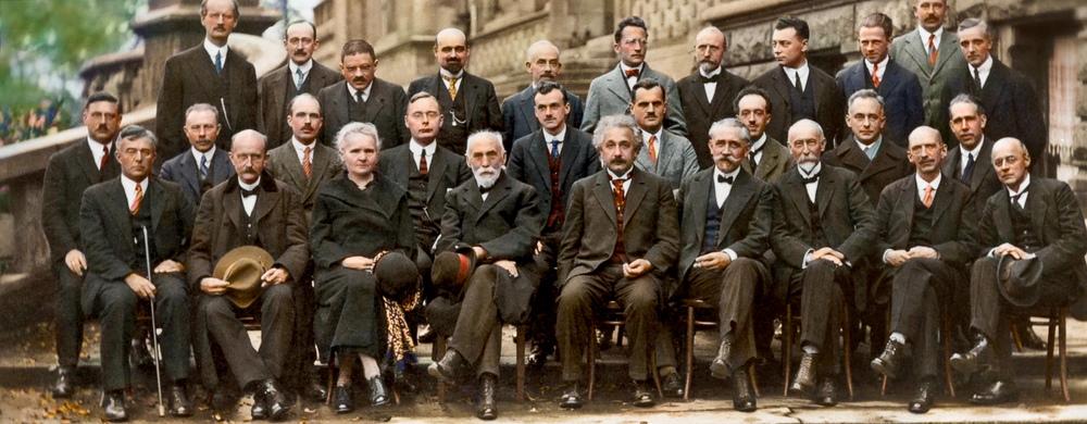 Quinta conferência internacional de Solvay sobre prótons e elétrons. Outubro de 1927.