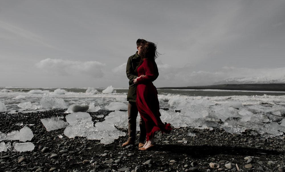 IcelandWeddingPhotosElopementBlogPost-147.jpg