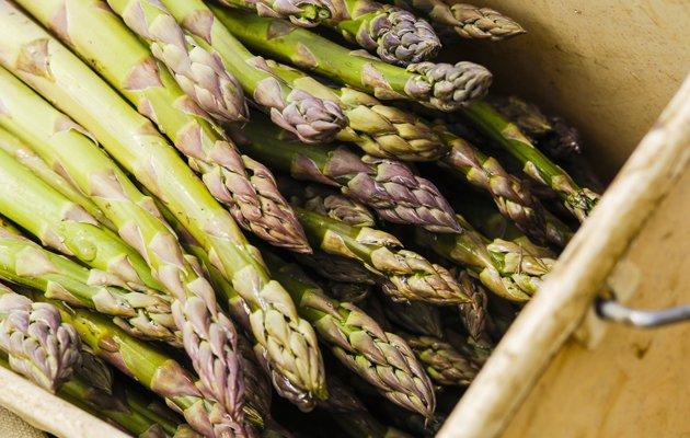 ffa5c3a0-9305-11e3-a6a4-a1d3a4863dc3_Valentine-s-Day-aphrodisiac-food-asparagus.jpg