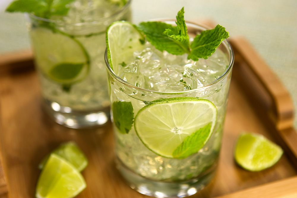 tray-of-mojitos.jpg