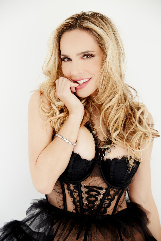 Simona Fusco Nude Photos 26