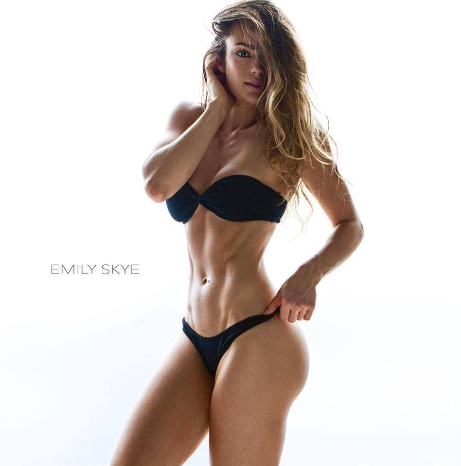 EmilySkye-Monday1.jpg
