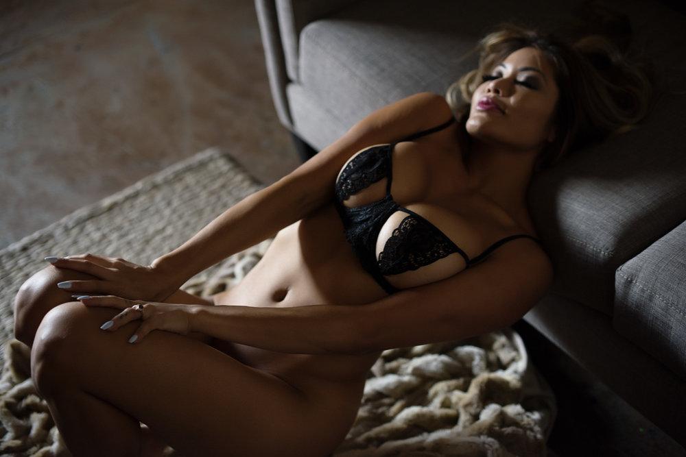 Pamela_Nicole_TheNakedFoxx_088.JPG