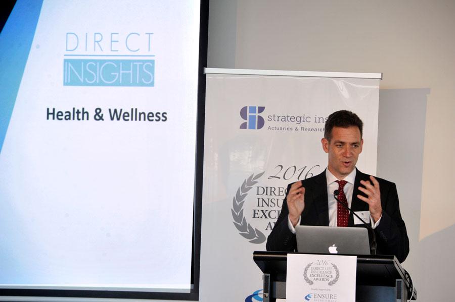Strategic-Insight-Direct-Life-Insurance-Awards-2016_INS9397w.jpg