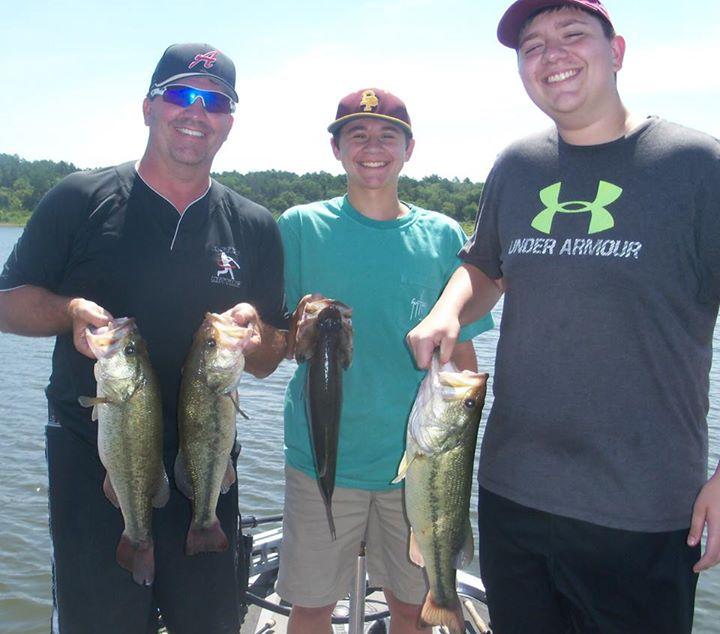 broken bow lake 4 seasons fishing guide service_16.jpg