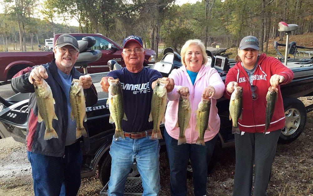 family-fishing-trip-photo.jpg