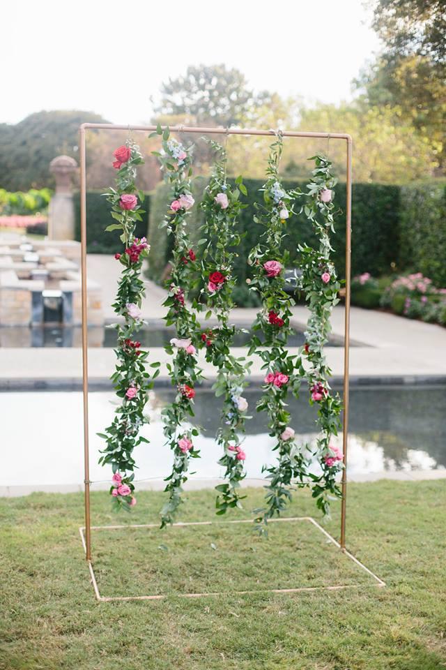 STRUNG FLOWERS | $300+
