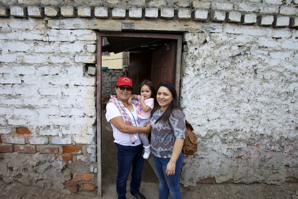 ZZ, Abigail and Julie in front of Julie's childhood home