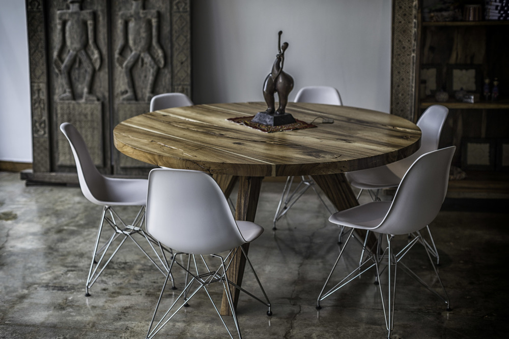Wood Round Table - Natural Color