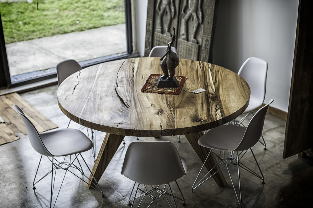 Wood Round Table- Natural