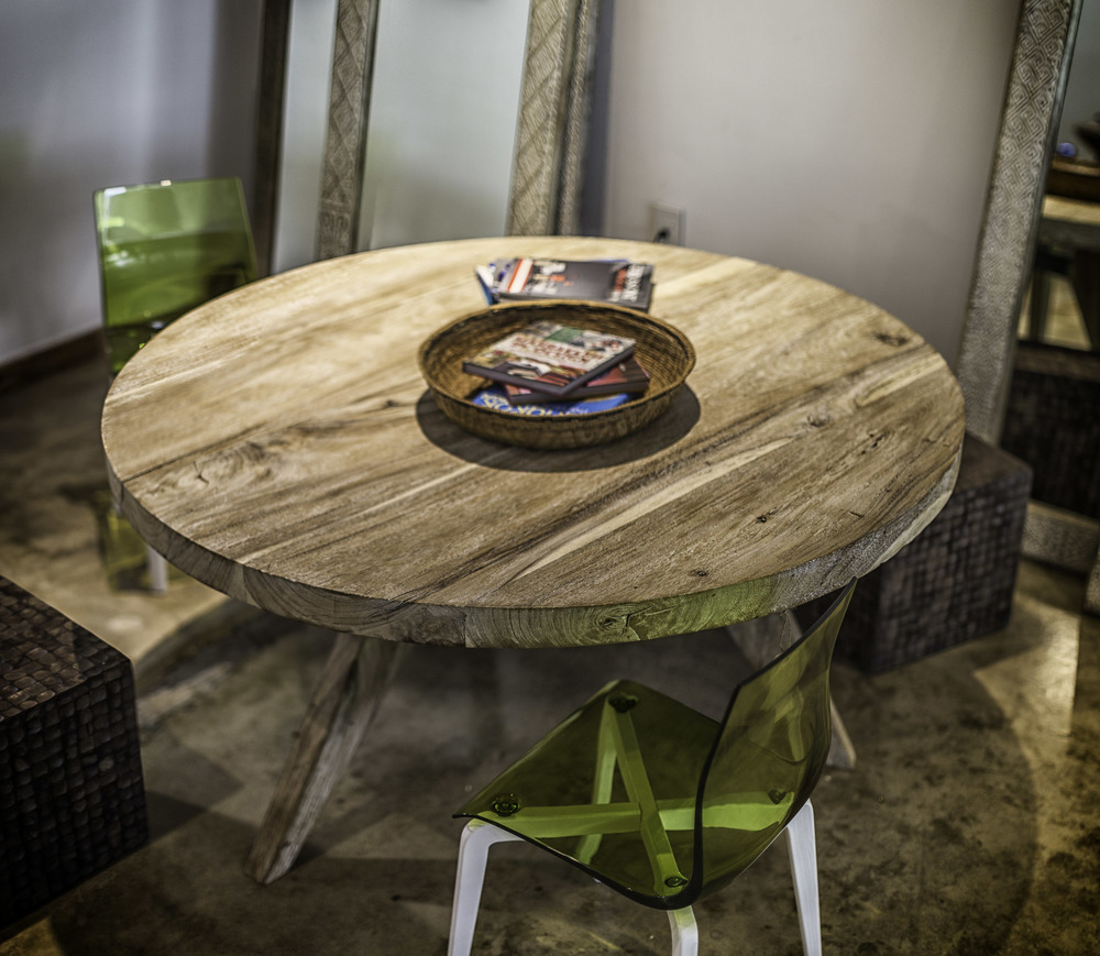 Wood Round Table- Washed Color