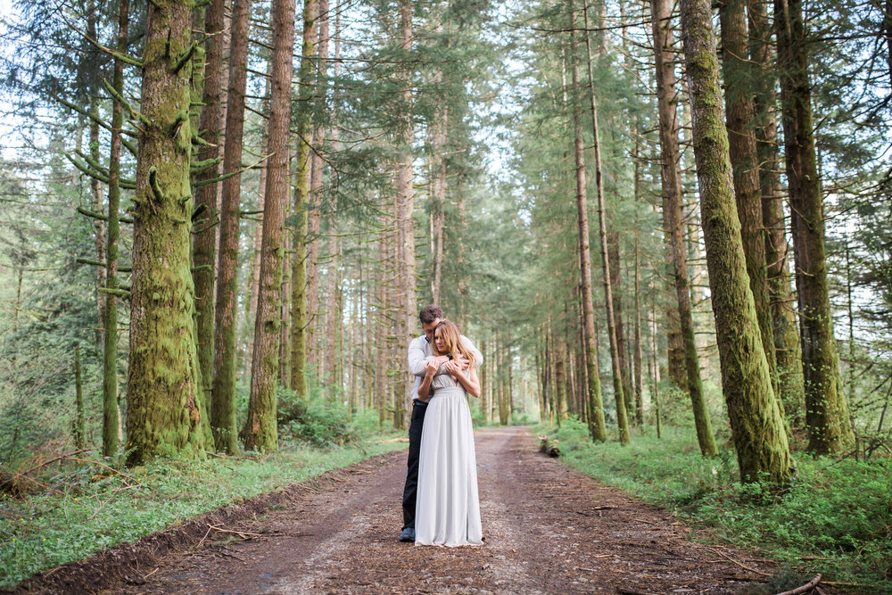 silver falls engagement session