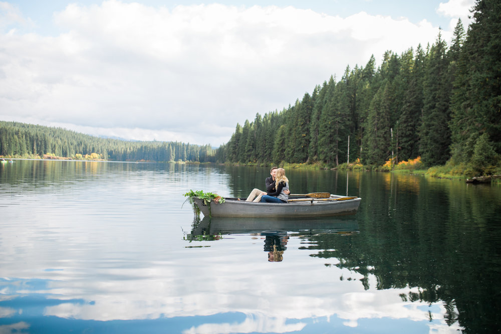 Engagement session with a canoe