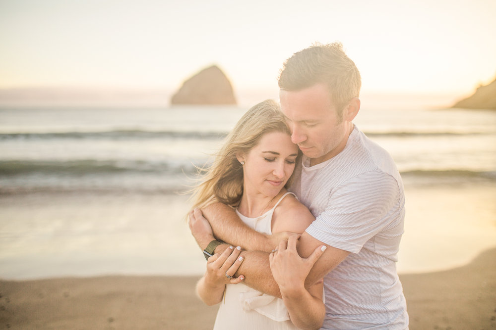 Cape Kiwanda oregon coast engagement session valentia productions