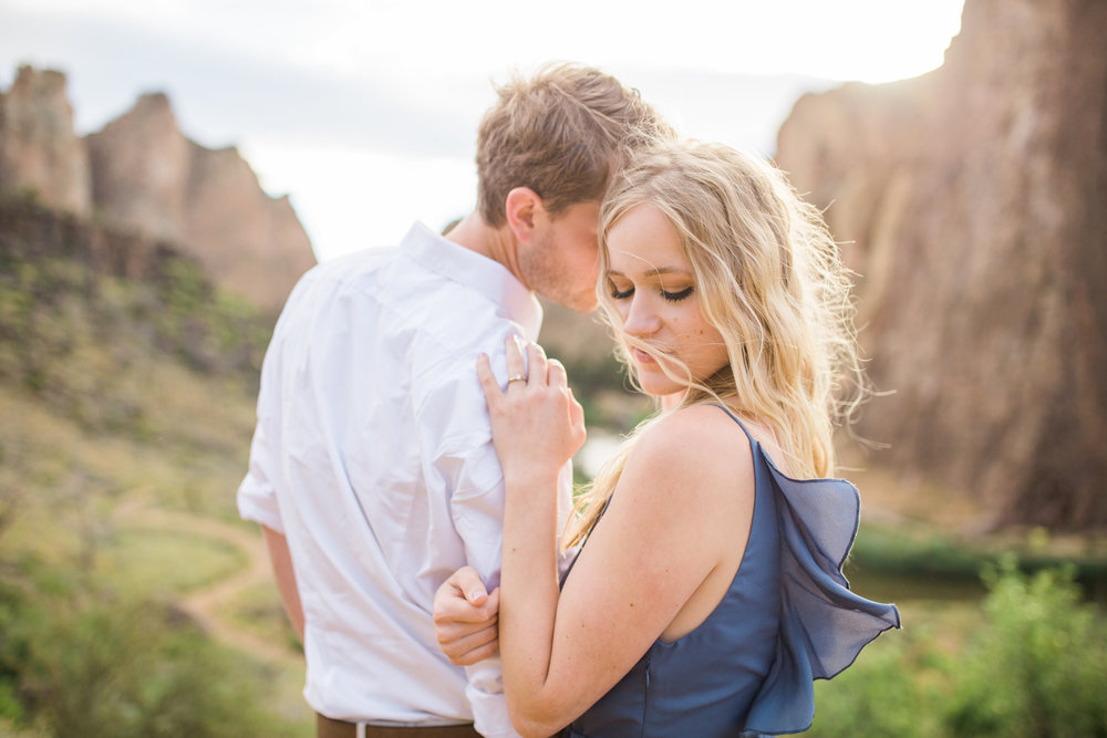 Smith Rock Engagement Session with puppy.jpg