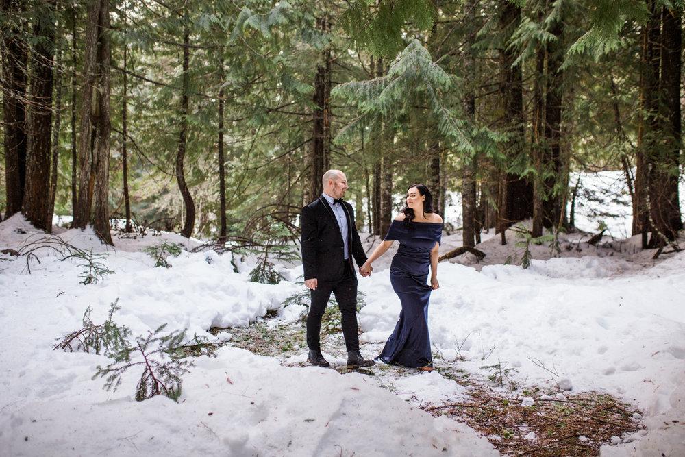 Trillium Lake Mt Hood, Oregon Romantic Snowy Engagement Session.jpg