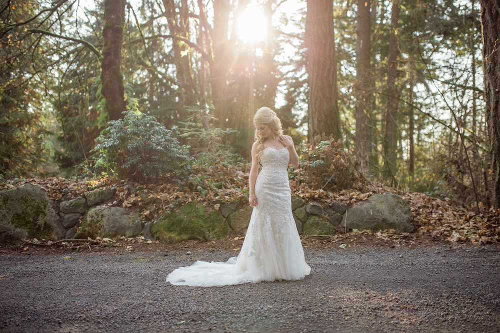 Ridgefield, WA wedding photographer, summit grove lodge weddings, sunglare bridal portraits
