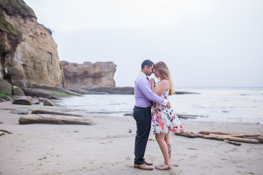 Oregon coast engagement session, oregon coast wedding photographer