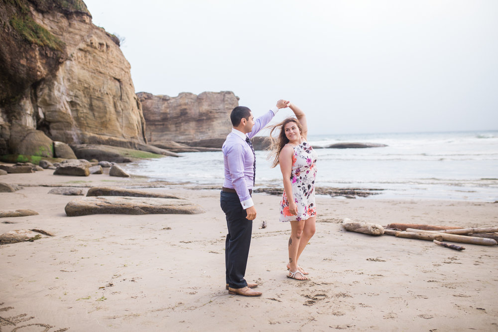 Oregon coast engagement session, oregon wedding photographer