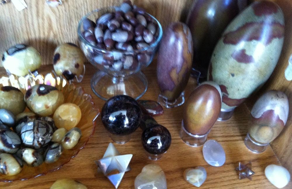 Shiva lingams, garnet spheres, and septarain nodule stones