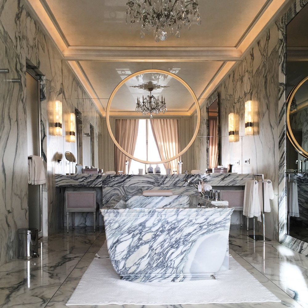 Paris's 6 Most Exceptional Hotel Suites (Architectural Digest)   See inside the most extravagant accommodations in a city renowned for its world class hotels.