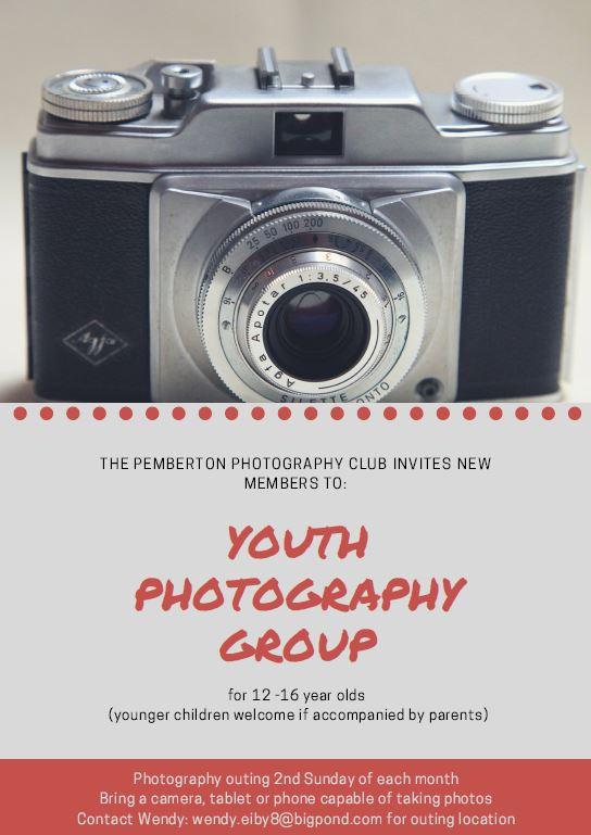 youth photo club.JPG