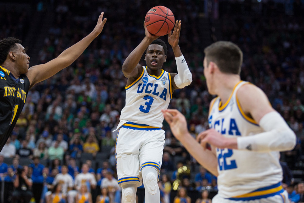 17.03.18.mbball.ucla.kentst-3.jpg