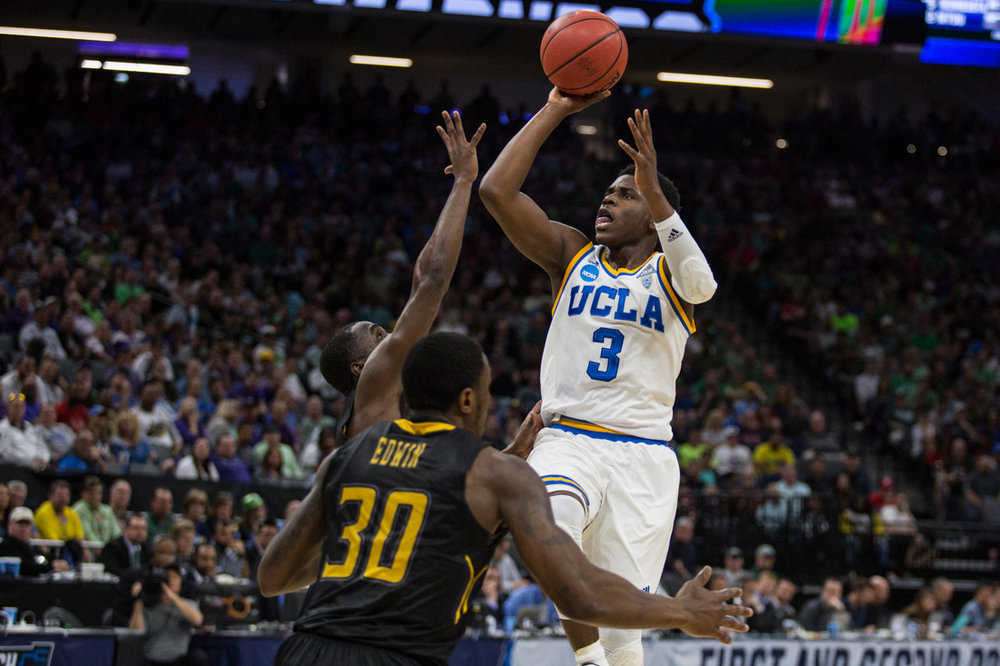 17.03.18.mbball.ucla.kentst-9.jpg