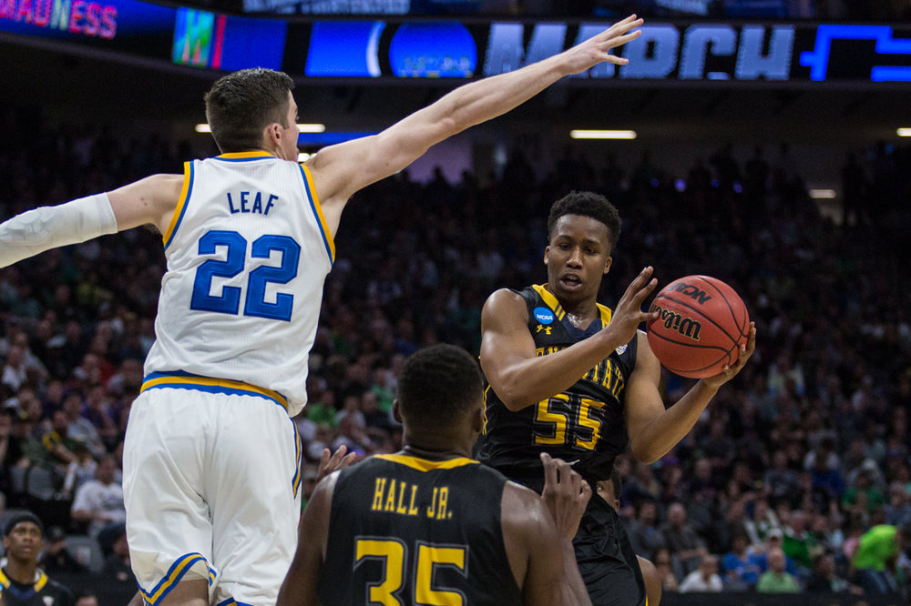 17.03.18.mbball.ucla.kentst-2-2.jpg