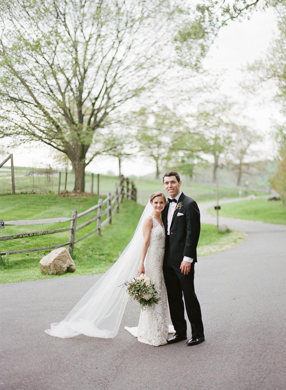 Claire & Thomas - Blue Hill Stone Barns | Pocono Hills, NYPhotos by Robert & Kathleen Photography